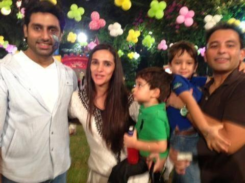 Pictures From Aaradhya Bachchan's 2nd Birthday Bash