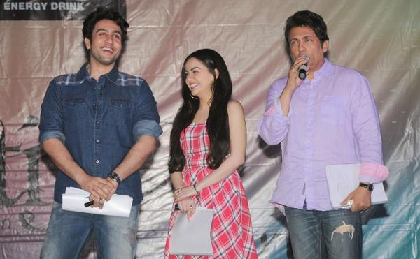 Shekhar,Ariana And Adhyayan At Mithibai College Kshitij Festival For Promoting Heartless Movie