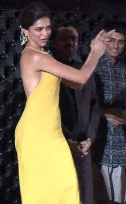 Sizzling Deepika Nagada Song Dance Still At The Marrakech Film Festival