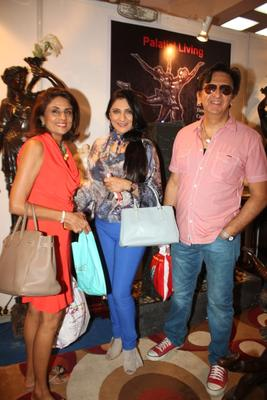 Aarti With Hubby Kailash Present At Uppercrust Food And Wine 2013 Show Launch