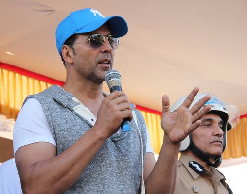 Akshay Kumar Talks Road Safet At Ride For Safety Bike Rally Event