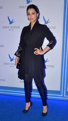 Amrita Puri Nice Pose At Grey Goose Style Du Jour Fashion Event