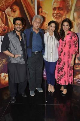 Arshad,Naseeruddin,Madhuri And Huma Posed For Camera During The Promotion Of Dedh Ishqiya At Mumbai