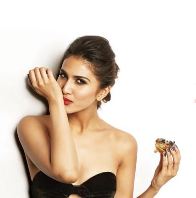 Vaani Kapoor Super Hot On FHM India January 2013 Issue