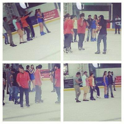 SRK And Deepika At Dubai Mall For Happy New Year Shooting Ice Skating Ground