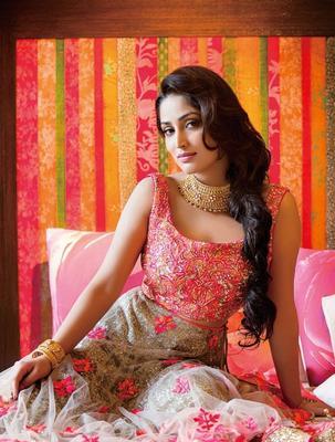 Yami Gautam Cool Glamour Look Photo Shoot For Hi! Blitz Magazine January 2014 Issue