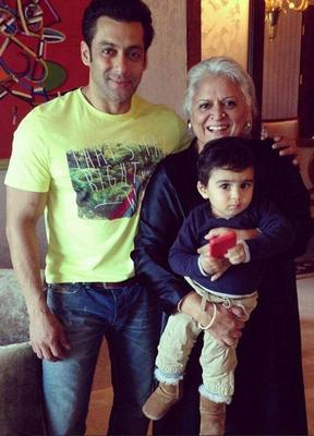 Salman Khan Was Snapped With Good Friend And Minister Bina Kak And Her Grandson