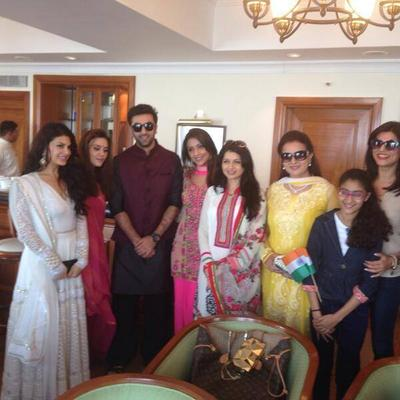 Jacqueline,Preity,Ranbir,Aarti,Bhagyashree And Poonam Posed At Mumbai's Republic Day Parade