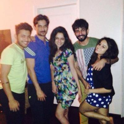 Sushant Singh Rajput Parties With Friends