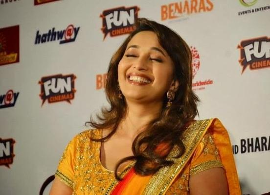 Dhak Dhak Girl Madhuri Open Smile Pic At Gulaab Gang Promotion In Bhopal