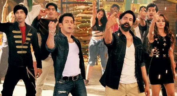 Salman And Akshay Get Together For A Special Song In Fugly Movie