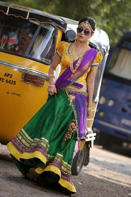 Tollywood Spicy Actress Madhurima Banerjee Hot Stills In Kotha Janta Movie