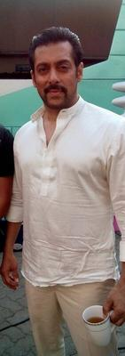 Salman Khan's New Look For Prem Ratan Dhan Paayo