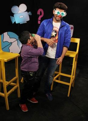 Bollywood Actor Arjun Kapoor And Child Actor Sadhil Kapoor Funny Look On The Set Of Disney's Chat Show Captain Tiao