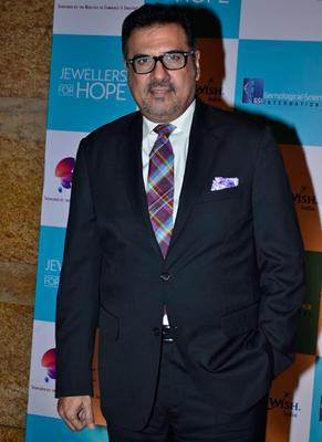 Kajol,Boman Irani And Siddharth Roy Kapur At GJEPC Awards 2014