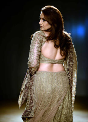 Huma Is Set To Walk The Ramp As A Showstopper For Rimple And Harpreet Narula