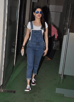 Tamannaah Bhatia Snapped By Photographers
