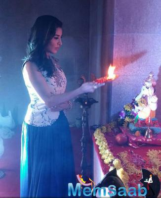 Sophie Choudry At Lodha Ganpati Pandal For Ganesh Chaturthi