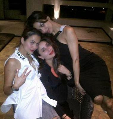 Kareena,Malaika,Amrita And Karan Johar Night Out Party Pics