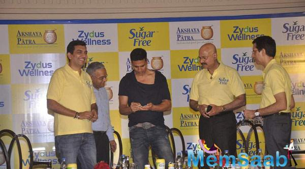 Akshay Kumar At Donate Your Calories Sugar Free Campaign