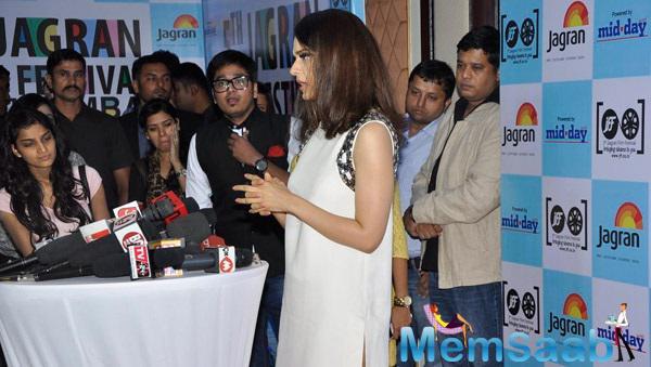 Kangana Ranaut Press Meet Still At Jagran Film Festival