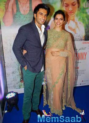 Lovebird Deepika And Ranveer Strikes A Pose During The Finding Fanny Success Bash