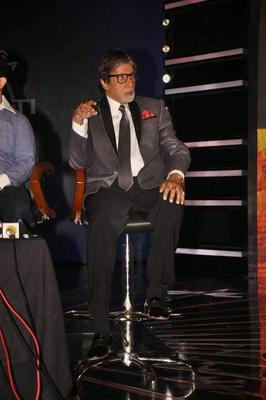 Big B Lauds First 7 Crore Winners Of KBC 8 2014