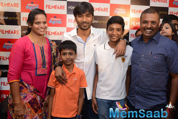 Dhanush At The Filmfare Readers Meet At The Reliance Digital