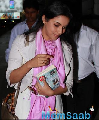 Asin Thottumkal Spotted At The Mumbai Airport On Thursday