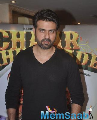 Harman Baweja Strikes A Pose During The Discussion With His Father About Chaar Sahibzaade Movie