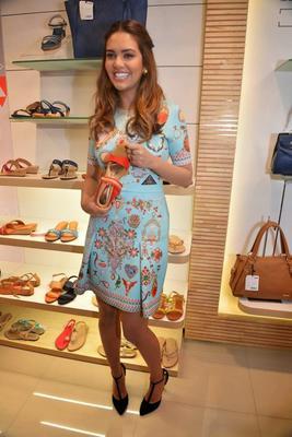 Actress Esha Gupta Launched A New Bata Store In Mumbai