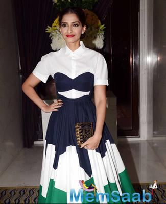 Sonam Kapoor Fashionable Look During BOF 500 Party At Leela Hotel
