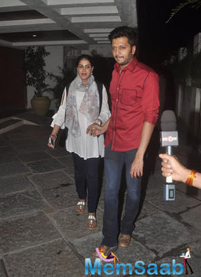 Riteish Taking Good Care Of Genelia At 12th Wedding Anniversary Of Sonali Bendre