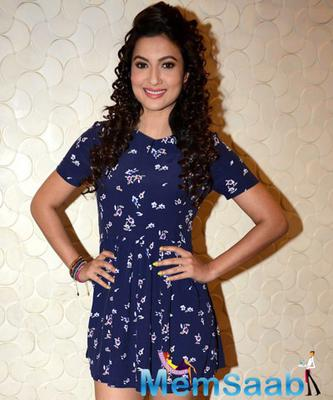 Gauhar Khan At Press Conference Of Top 4 Performer