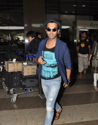 Rajkummar Rao And Patralekha Snapped At The Airport