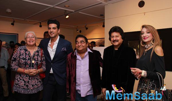 Zayed Khan And Pankaj Udhas At Mukesh Batra Photo Exhibition