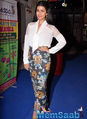 Bollywood Actress At Thespo 16 Awards Night