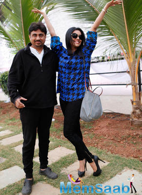 Asin Thottumkal Cool Pose For Camera During Song Shoot Of The Movie