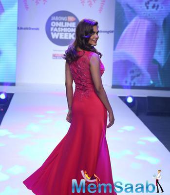 Celebs Sashay Down The Ramp At Jabong Online Fashion Week 2015