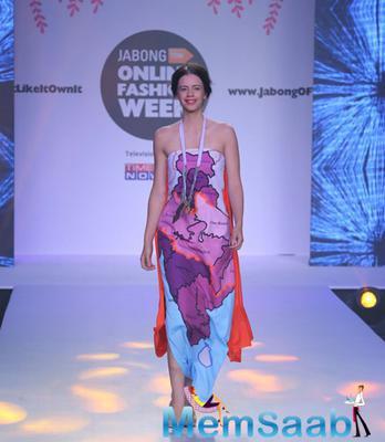 Kalki Koechlin Showstopper For Niharika Pandey At Jabong Online Fashion Week 2015