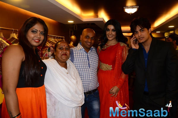Koena Mitra Posed With Friends During Designer Gagan Kumar Store Launch Event