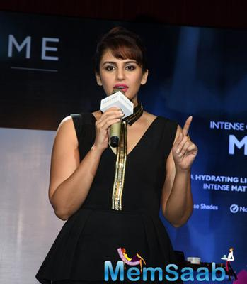 Huma Qureshi Interacting With Media During Cosmetic Brand Oriflame's Lipstick Launch