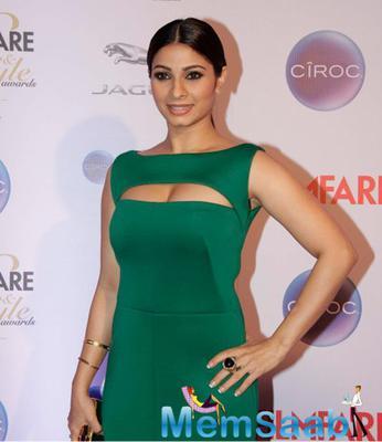 Tanishaa Mukerji In Green Dress At The Ciroc Filmfare Glamour And Style Awards 2015