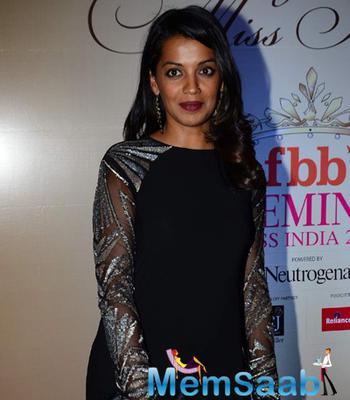 Mugdha Godse Glamour Look During Femina Miss India Bash 2015