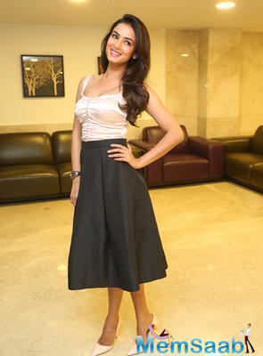Sonal Chauhan Photo Shoot On 1st June 2015