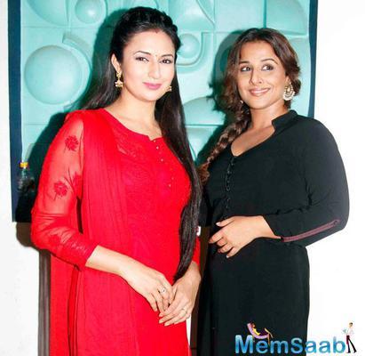 Vidya Balan Promotes Hamari Adhuri Kahani Movie With Divyanka Tripathi On The Sets Of TV Serial Ye Hai Mohabbatein