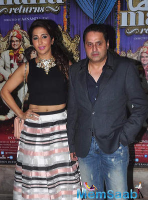 Krishika Lulla And Hubby Sunil Lulla Strike A Pose For Photo Tags At The Success Bash Of Tanu Weds Manu Returns
