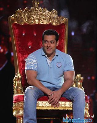 Salman Promote Bajrangi Bhaijaan On The Reality Show DID