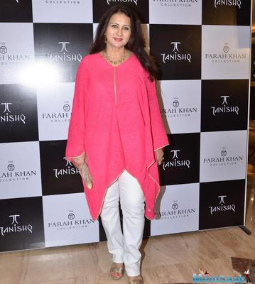 Poonam Dhillon Beautiful Look During The Launch Of Farah Khan Ali's New Collection