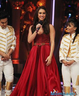 Lauren Gottlieb Along With The Team Of Jhalak Reloaded Taped For The Finale Episode Last Night